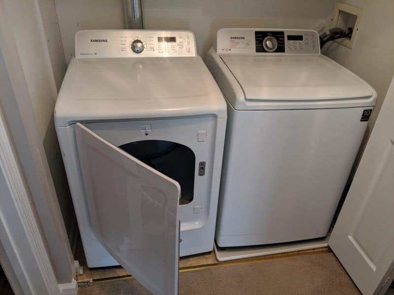 Picture of dryer door in New Market, MD that opens in the correct direction.